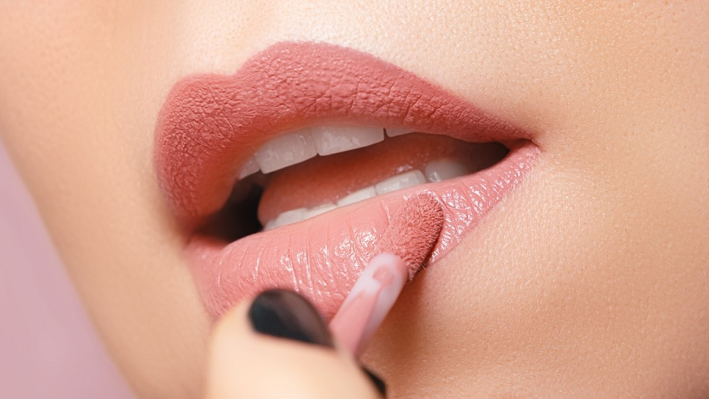 Best Tips to Make Your Lips Soft, Pretty and Attractive